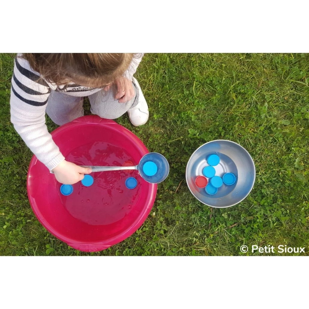 Transvasement Aquatique Une Activite Pour Les Enfants De 2 Ans Petit Sioux