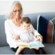 lecture bébé et mamie