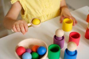 jouet-en-bois-montessori-2
