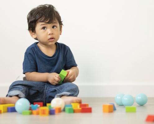 Les meilleurs jeux en bois pour les petits d'un an